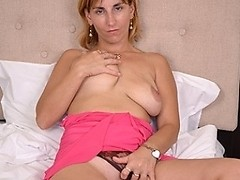 This horny housewife loves to play with her wet pussy