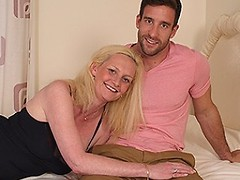 Hot British housewife enjoys her toyboy