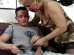 Aggressive MILF Bounces Her Ass On Cock