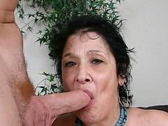 Kinky granny Vanessa takes an awesome facial cumshot after blowing a massive cock