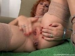 Mature Redhead Squirting Pussy
